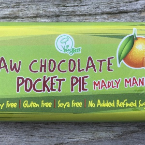 Raw Chocolate Pocket Pie - Madly Mandarin